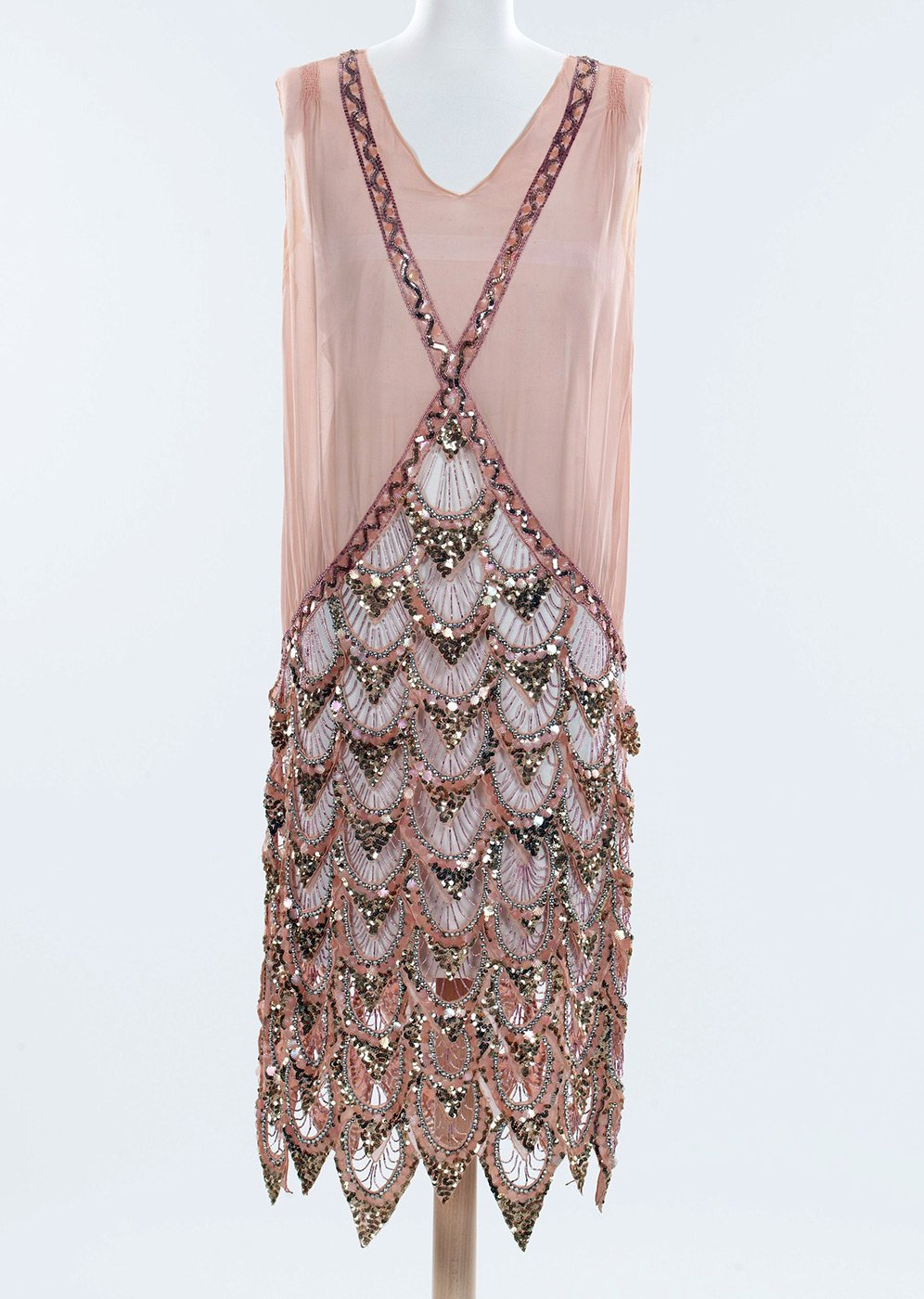 Как украсить вечернее платье бисером своими руками схемы