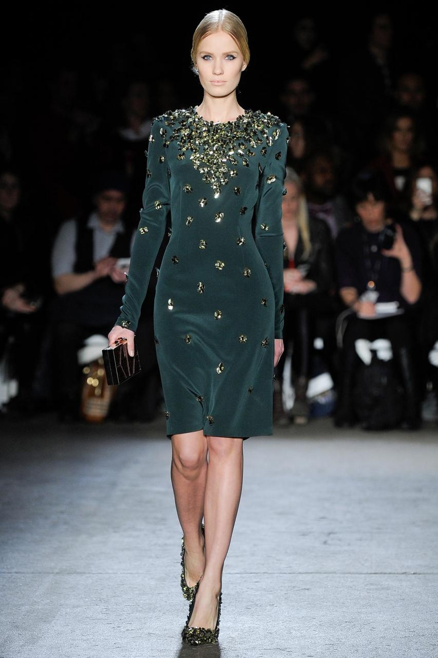Модные платья сезона осень-зима 2014-2015. Гипюр и перья - Мода