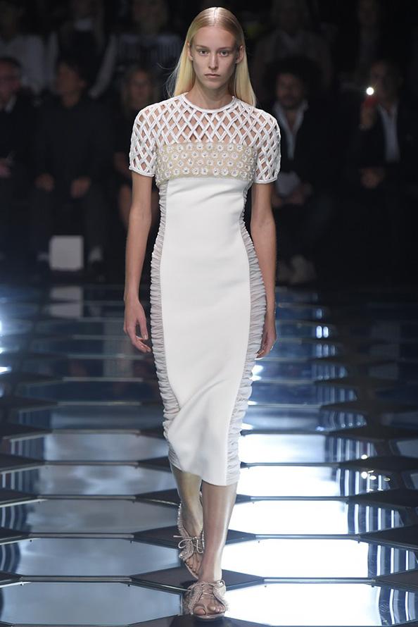 Праздничное платье 2015
