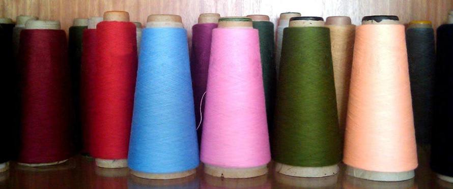 Состав ткани полиэстер: свойства и история появления