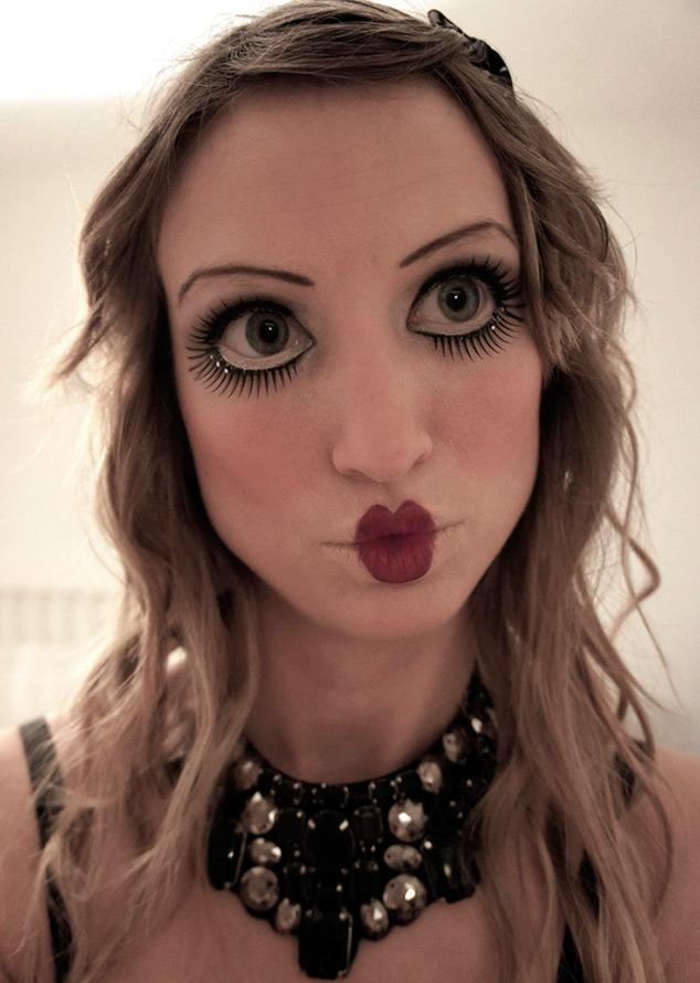 Кукольный макияж на Хэллоуин