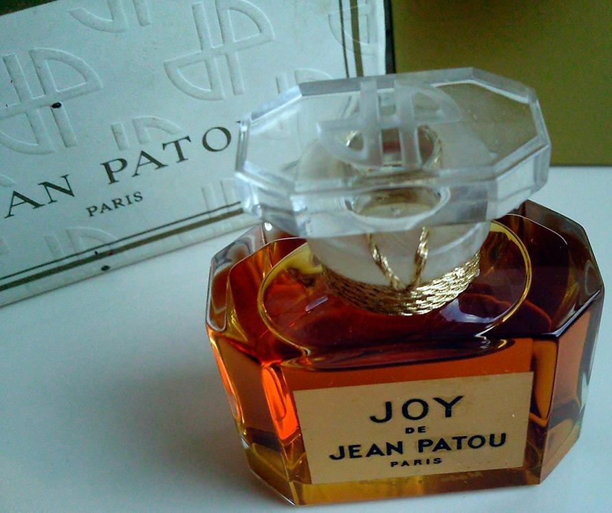 http://mylitta.ru/uploads/posts/2015-11/1447227847_joy-jean-patou-2.jpg