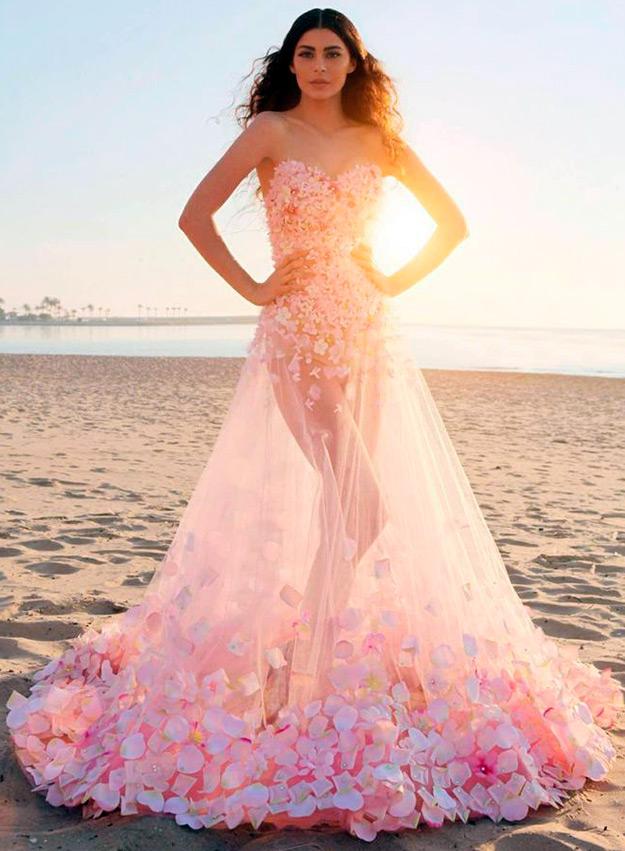 Свадебные платья розовые